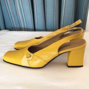Valentino vintage yellow shoes Sz Euro 38